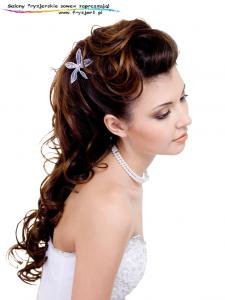 ślubna fryzura ładna